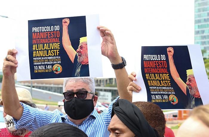 Manifesto internacional pelo julgamento do habeas corpus de Lula é entregue ao STF