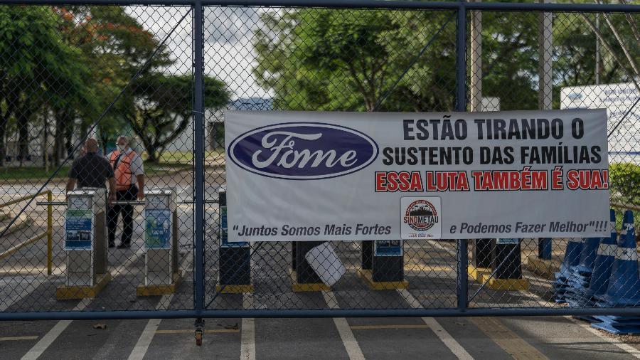Estrangeiros cortam pela metade investimentos no Brasil, diz ONU