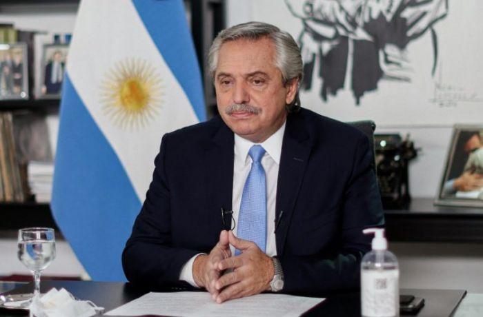 Presidente da Argentina reestatiza empresas de energia e termelétricas